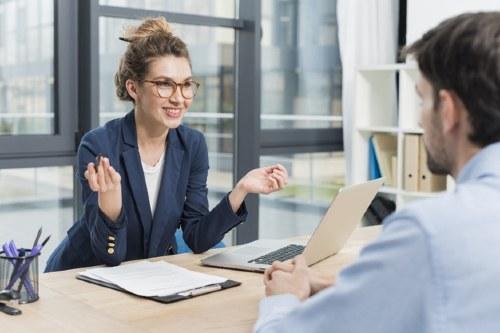 personal para la empresa son el salario y la Seguridad Social